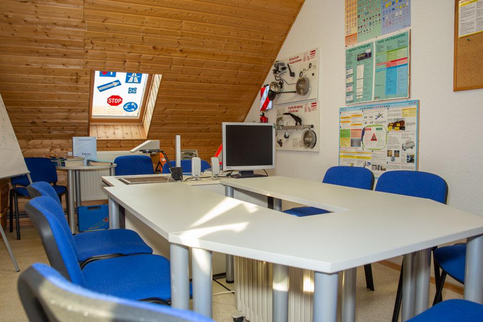 greifswald-schulungsraum-lkw-pkw-fahrschule-gerd-witt-01