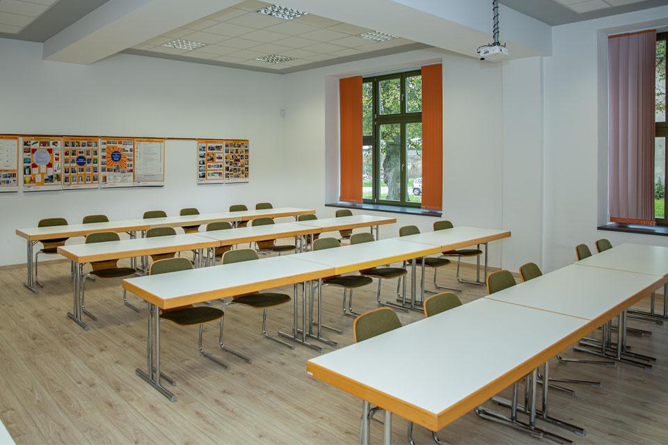 schulungsraum-lkw-pkw-fahrschule-gerd-witt-01